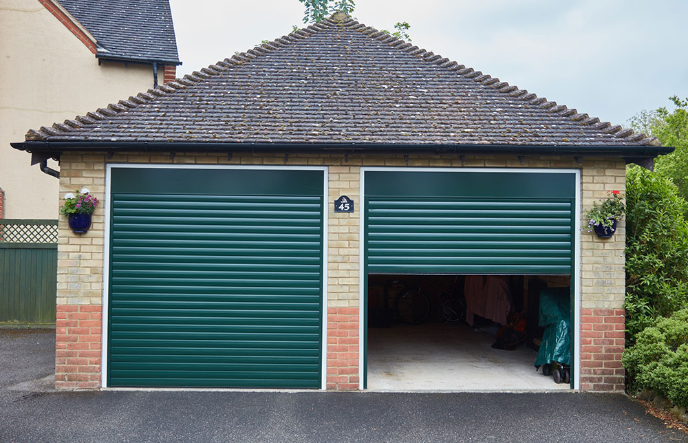 Exterior: Garage Roller Doors: All You Need To Know About Them